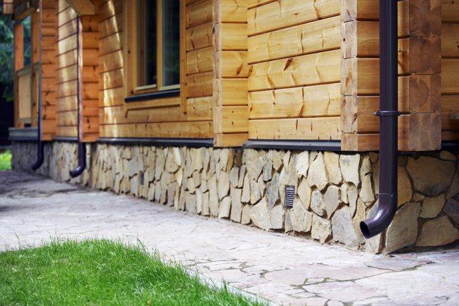 Бутовый каменный фундамент для дома