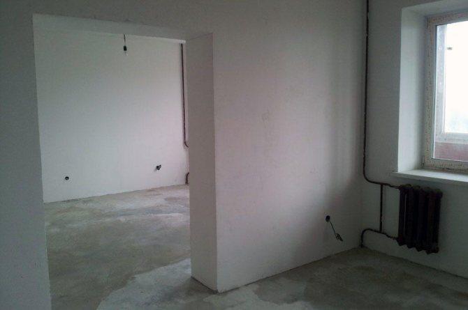 чем утеплить бетонные стены внутри