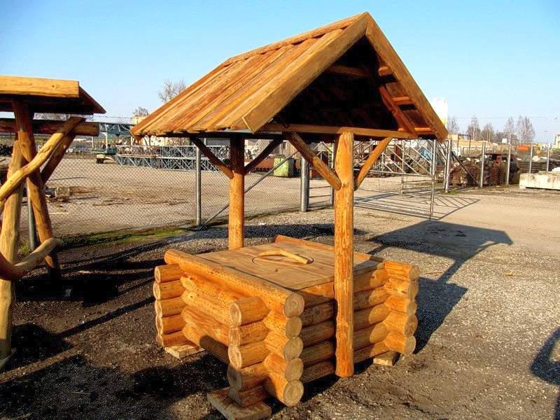 Деревянный домик для колодца: купить в Московской области, отзывы, фото