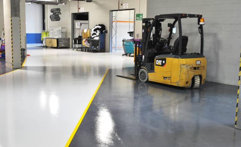 Эпоксидный пол в складских и производственных помещениях