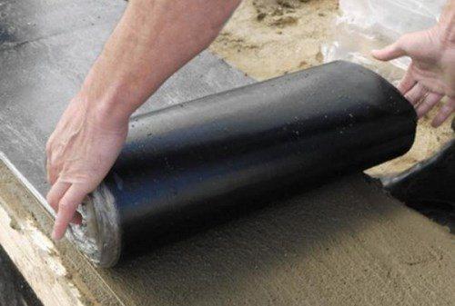 Гидроизоляция первого слоя кладки из газосиликатных и пеноблоков