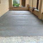 грунтовка цементного пола с упрочненным верхним слоем в доме