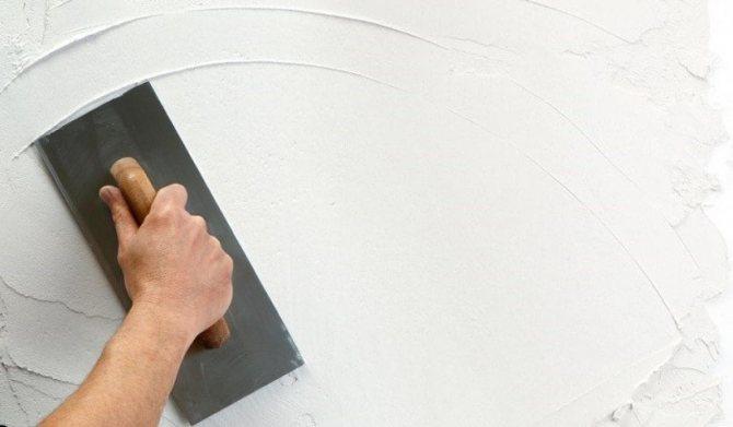 идея применения гипсокартона или штукатурки в ремонте комнаты