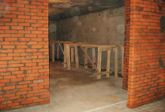 Какая минимальная толщина может быть у несущих стен
