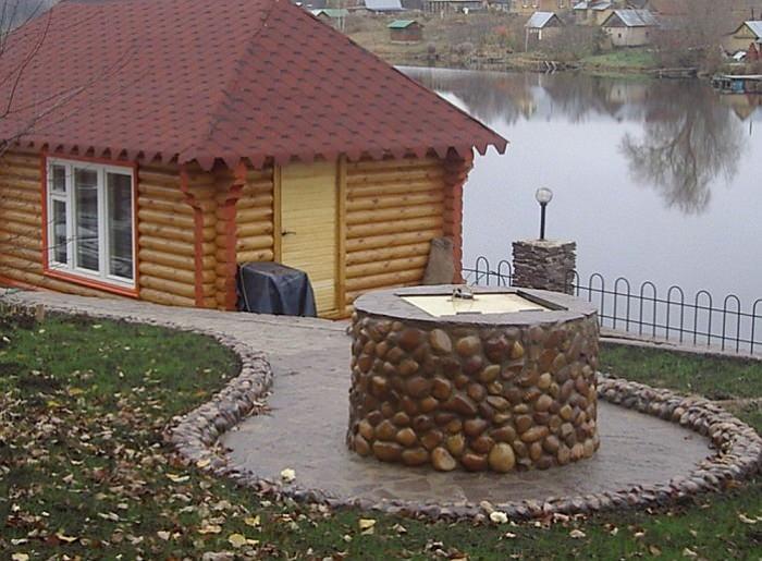 Колодец из бетонных колец на даче