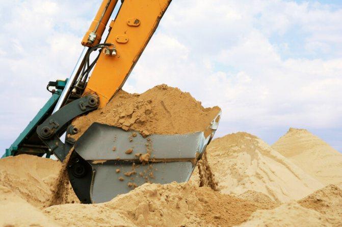 Куб строительного песка
