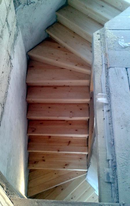 Лестница из половых досок