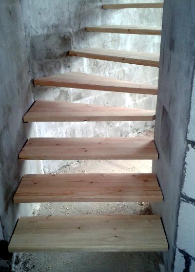 Лестница собиралась без подступенков