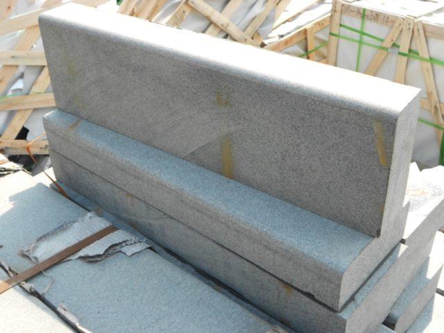 Марка бетона, прочность на сжатие, морозостойкость - основные качественные показатели бордюрных камней