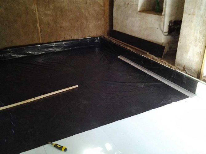 монтаж бетонного пола с упрочненным верхним слоем в квартире