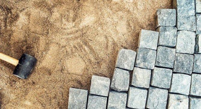 Песчаная подушка под брусчатку или тротуарную плитку