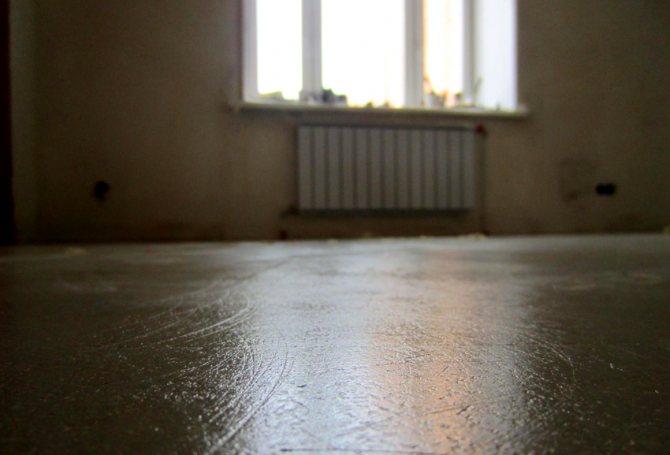 Полимерными пропитками бетонный пол необходимо обрабатывать дважды