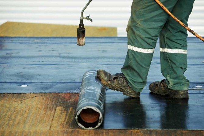 пример гидроизоляции наливного пола комнаты минеральным способом