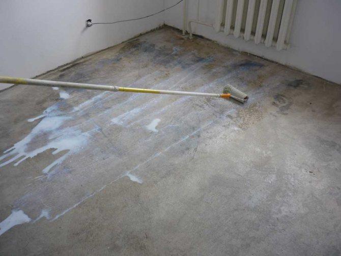 пример гидроизоляции наливного пола квартиры жидкой резиной