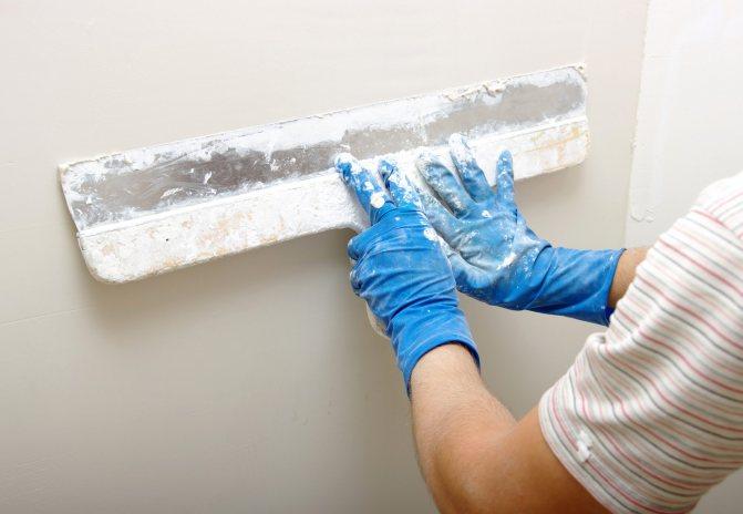 пример применения гипсокартона или штукатурки в отделке дома