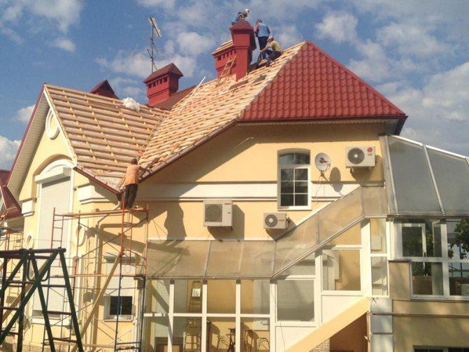 Реконструкция кровли в деревне Городище