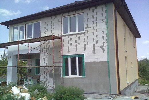 Шпаклевка на поверхности стен