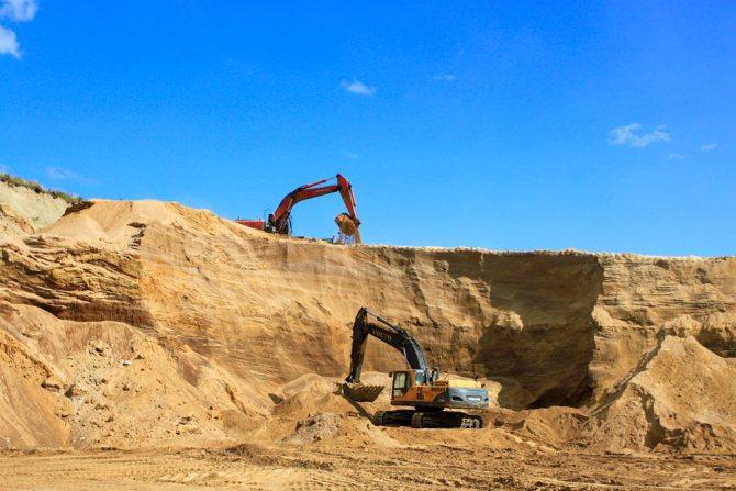 Сколько весит куб песка карьерного