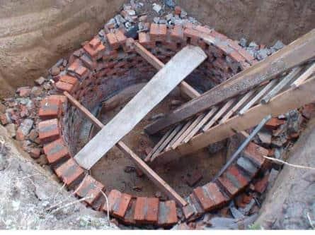 Сливная яма из кирпича