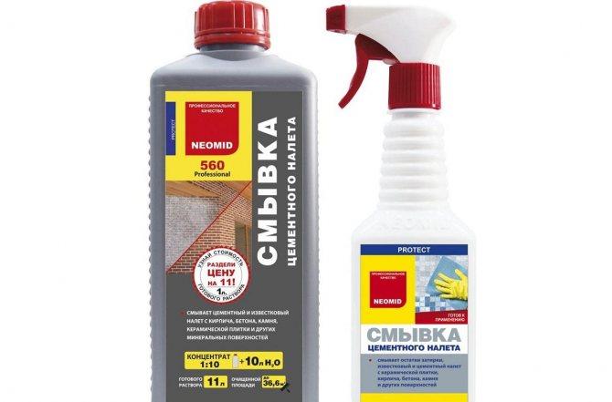 Средства для очищения плитки от цемента можно приобрести в магазине бытовой химии