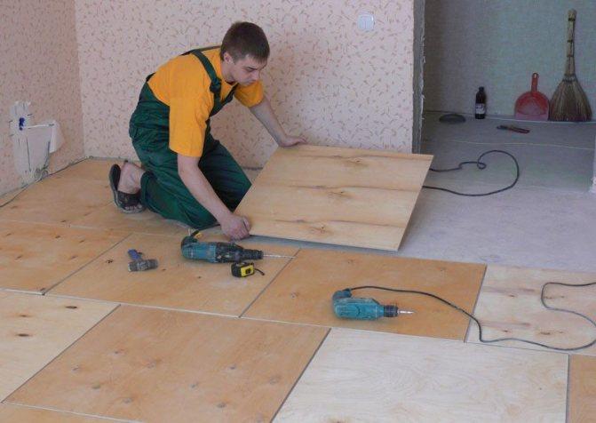 «Сухое» крепление фанеры к бетонному полу (с помощью шурупов и дюбелей)