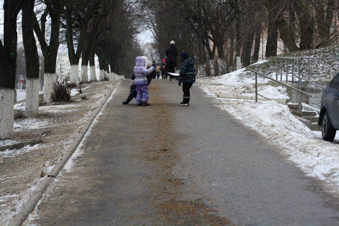 Тротуар на проспекте Ленина Фото: Сергей МОРКОВКИН