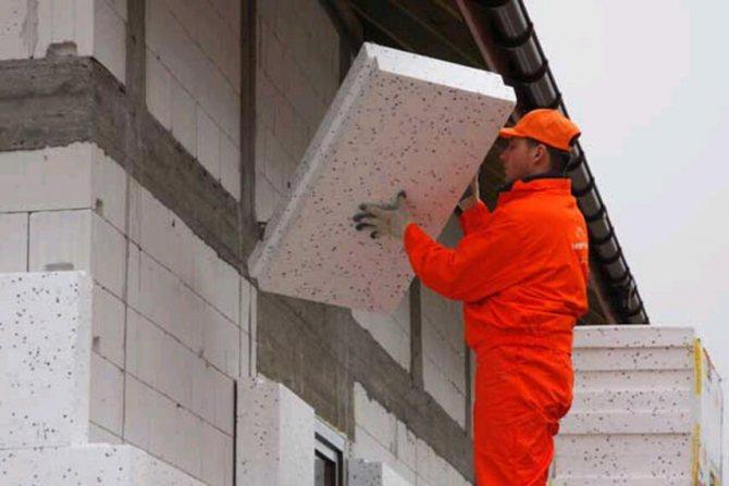 Утепление дома из силикатного кирпича - этапы работы, инструкция, советы каменщиков