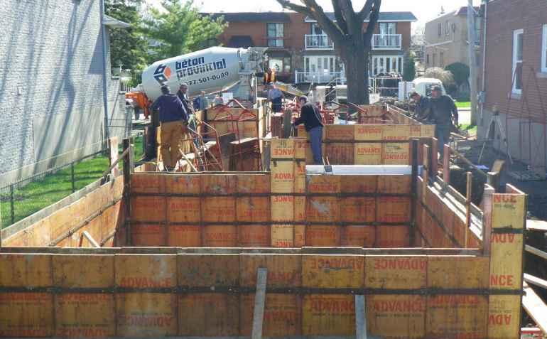 В каких случаях допустимо бетонирование без опалубки