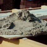 В какой пропорции смешивать цемент с песком - фотография