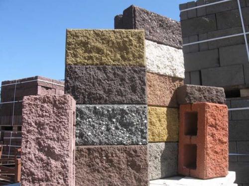 Забор из керамзитоблоков. Виды бетонных блоков
