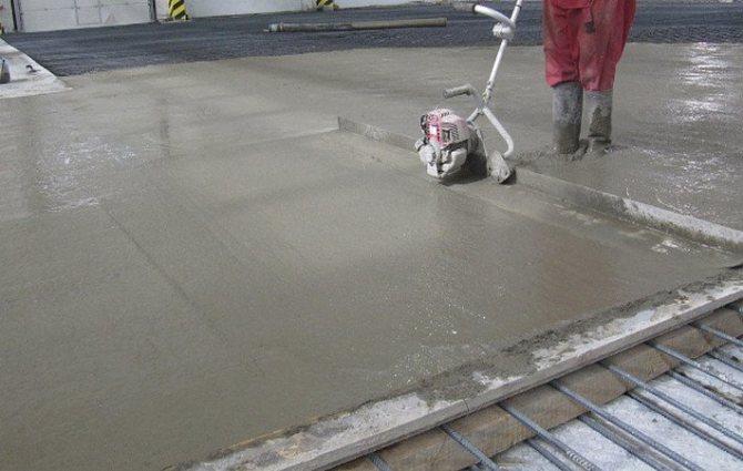 Заливка цементного пола